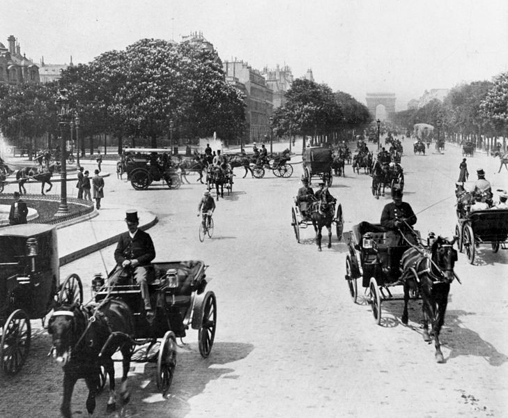 File:Avenue du Champs Elysees from Rond Point to the Arch of Triumph, Paris, France.jpg