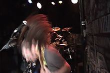Headbanging - Wikipedia, the free encyclopedia