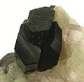 Babingtonite-Prehnite-bab15d.jpg
