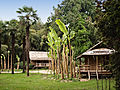 Bambouseraie-Village laotien-1.jpg