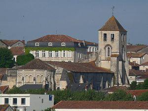 Barbezieux-Saint-Hilaire - View of St Mathias, Barbezieux