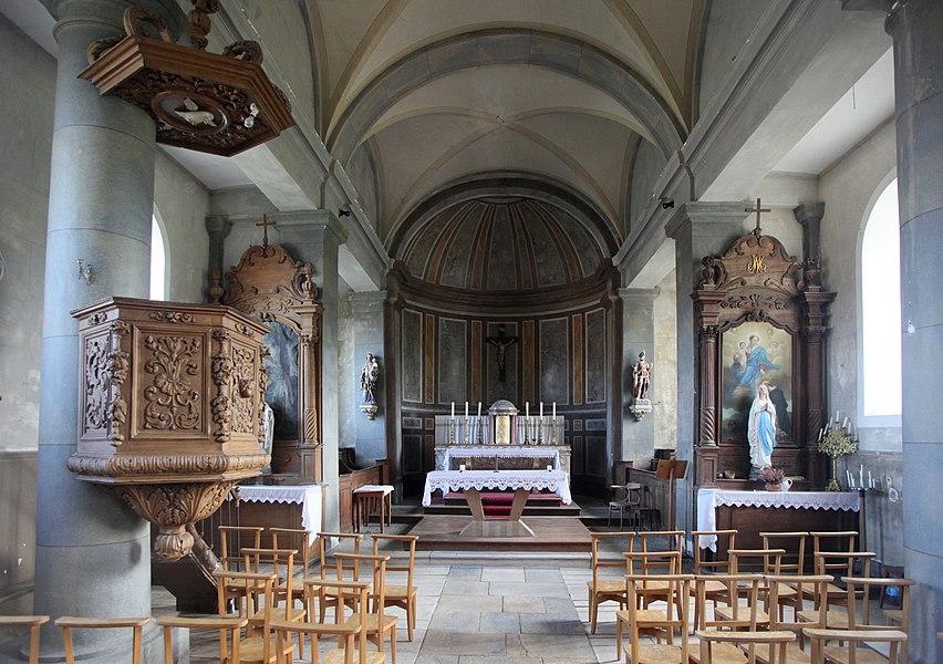 Intérieur de l'église de Bartherans (Doubs).