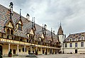 Beaune hospice cour ass 1.jpg