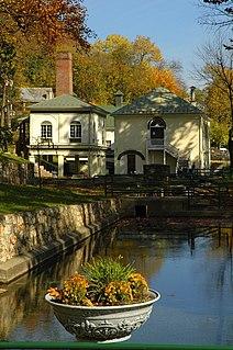 Berkeley Springs State Park Thermal springs and state park in West Virginia