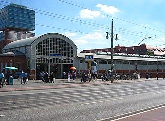 Warschauer Straße (Berlin U-Bahn) - Image: Berlin U Bahnhof Warschauer Straße