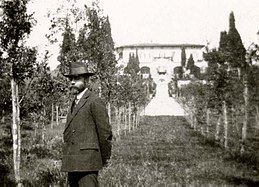 Bernard Berenson in the gardens of Villa I Tatti.jpg