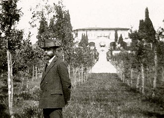 Bernard Berenson - Bernard Berenson in the garden of his estate Villa I Tatti in 1911