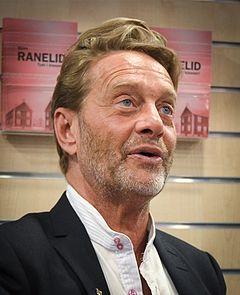 Björn Ranelid på Akademibokhandeln City i Stockholm 17 marts 2012.