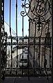 Blick aus dem Burgraum in den Innenhof der Hofburg mit Bürocontainern für Nationalratsabgeordnete.jpg
