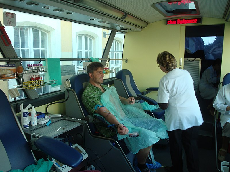 Description English: Interior of bus for blood donating in Poland. Polski: Wnętrze autobusu do oddawania krwi. Date 12 September 2010 SourceOwn work Author	Ciacho5 Other versions	 BloodDonating30.JPG