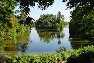 Bois de Boulogne - The lower lake in the Bois de Boulogne