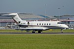 Bombardier BD100 Challenger 350 'CS-CHD' (40217234500).jpg