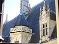 Bourges - palais Jacques-Cœur, cour (08).jpg