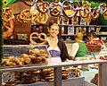 Bretzels et sucreries (8275718054).jpg