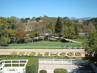 The Amazing Race 20 - The starting line of The Amazing Race 20 was on the grounds of the Bridlewood Estate Winery in Santa Barbara, California.