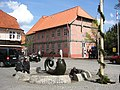 Brunnen vor dem Rathaus - panoramio.jpg