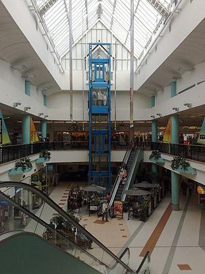 Brunswick Shopping Centre - Image: Brunswick Shopping Centre Internal