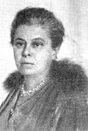 Bucura Dumbravă - The middle aged Bucura Dumbravă, photographed ca. 1920