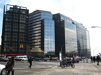 Avenida Leandro N. Alem - Image: Buenos Aires Retiro Av. Leandro N. Alem 200807