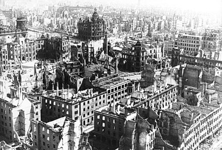 Over ninety percent of the city centre was destroyed. Bundesarchiv Bild 183-Z0309-310, Zerstortes Dresden.jpg