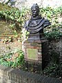 Bust of a great, great man - geograph.org.uk - 1165646.jpg