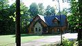 Cabane dans le bois à Roxton Falls.jpg
