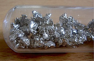 Period 4 element - Image: Calcium unter Argon Schutzgasatmosphäre