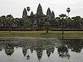 Cambodia 08 - 215 - Angkor Wat (3238887903).jpg