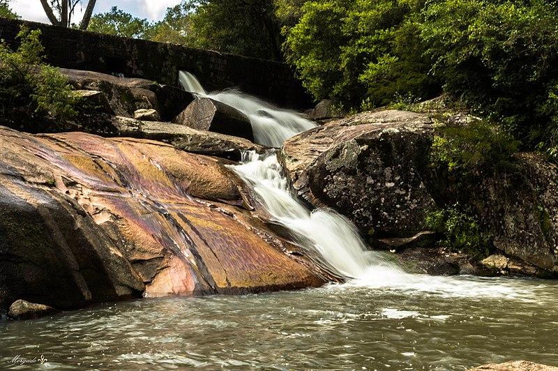 File:Cascata do Paraíso - 3.jpg