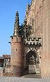 Cathédrale Sainte-Cécile d'Albi escaliers porte.JPG