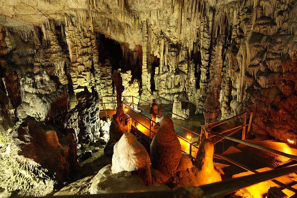 Cave Dikti12(js)