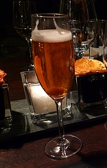 Champagne cocktail - Portal, Clerkenwell, London (4356768748) (cropped).jpg
