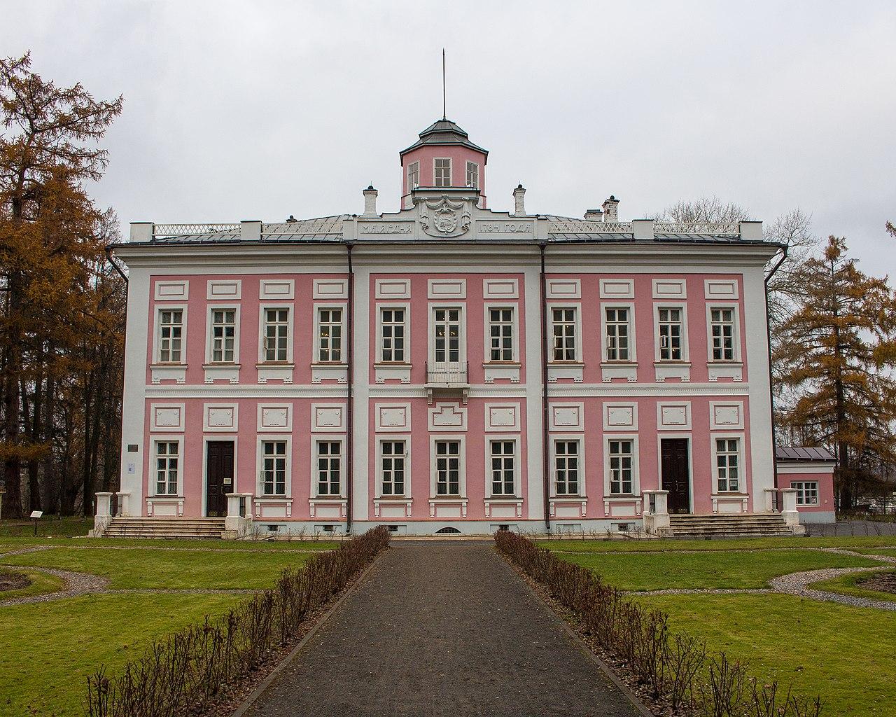 Chateau de Viaziomy - 2017 (1).jpg