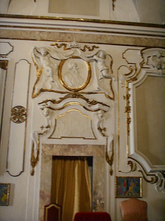 San Domenico (Pisa) - Image: Chiesa di san domenico (pisa), stucchi 03