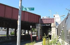 Clifton (Staten Island Railway station) - Northbound entrance, Bay Street