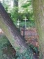 Cmentarz dziecięcy w Parku Grabiszyńskim.jpg