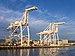 Container cranes in Oakland Inner Harbor (91560).jpg