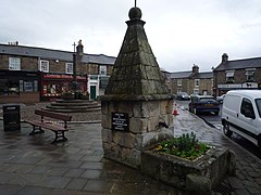 Corbridge, pant in Market Place 099.jpg