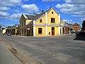 Corner house - panoramio.jpg