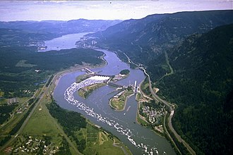 Columbia River - Bonneville Dam, in the Columbia River Gorge. Washington is on the left, Oregon the right.