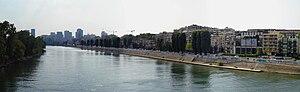 Courbevoie - Image: Courbevoie Quais de Seine panoramique 01