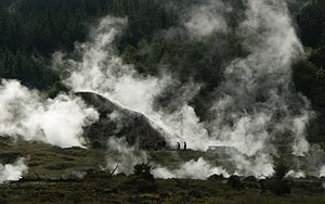 Hot springs in New Zealand - Craters of The Moon hot springs