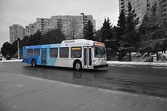 York Region Transit - Image: D40LFR