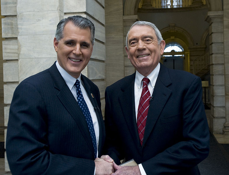 File:Dan Rather and CM Jim Gennaro 10--(c) William Alatriste New York City Council.jpg