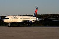 N706TW - B752 - Delta Air Lines