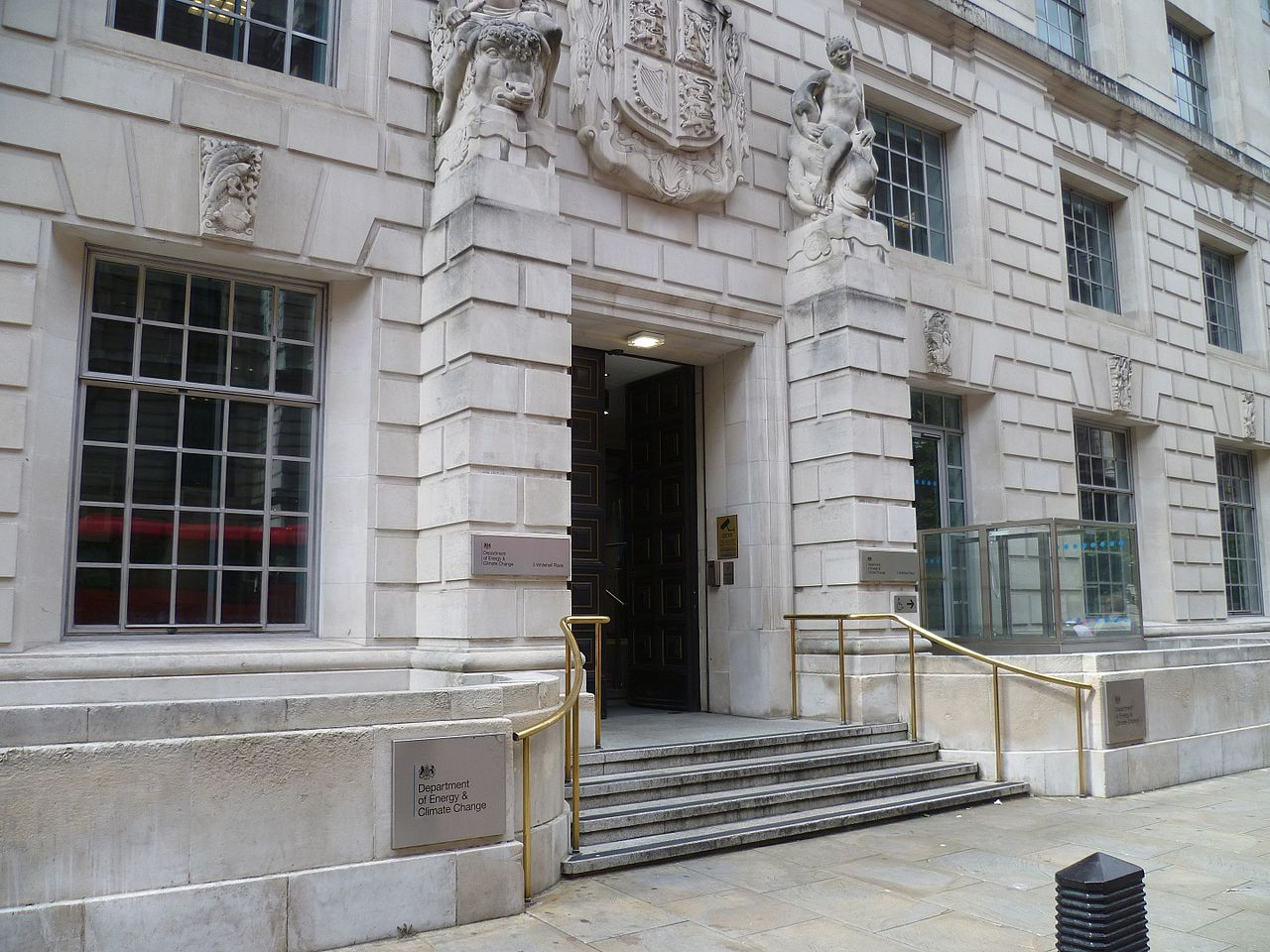 File:Department of Energy & Climate Change, 3 Whitehall ...