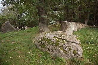 Great Dolmen of Dwasieden - Image: Dolmen Dwasieden 2