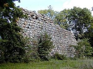 Durbe - Durbe castle ruins