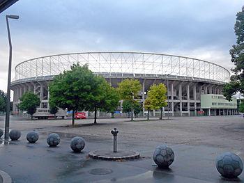 L'esterno dello stadio