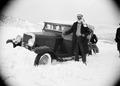 ETH-BIB-Chevrolet im Schnee-Abessinienflug 1934-LBS MH02-22-0054.tif